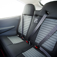 Cirrus SR20 Back Seats