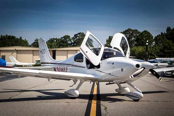 Cirrus SR20-G3 Perspective by Garmin